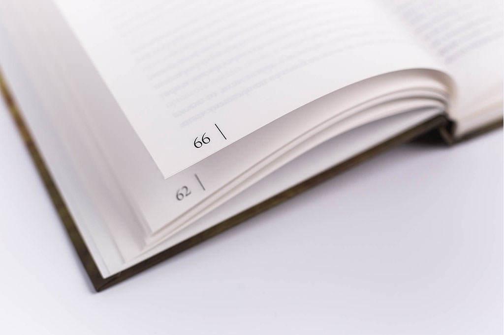 Оформление колонцифры книги Непридуманная жизнь