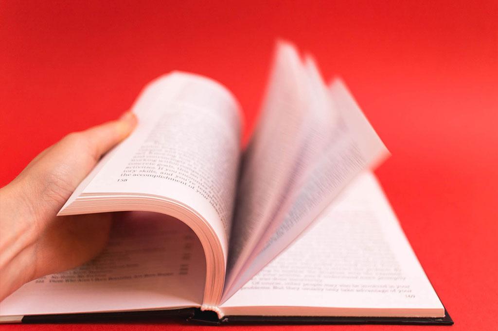 Переплет книги на английском языке