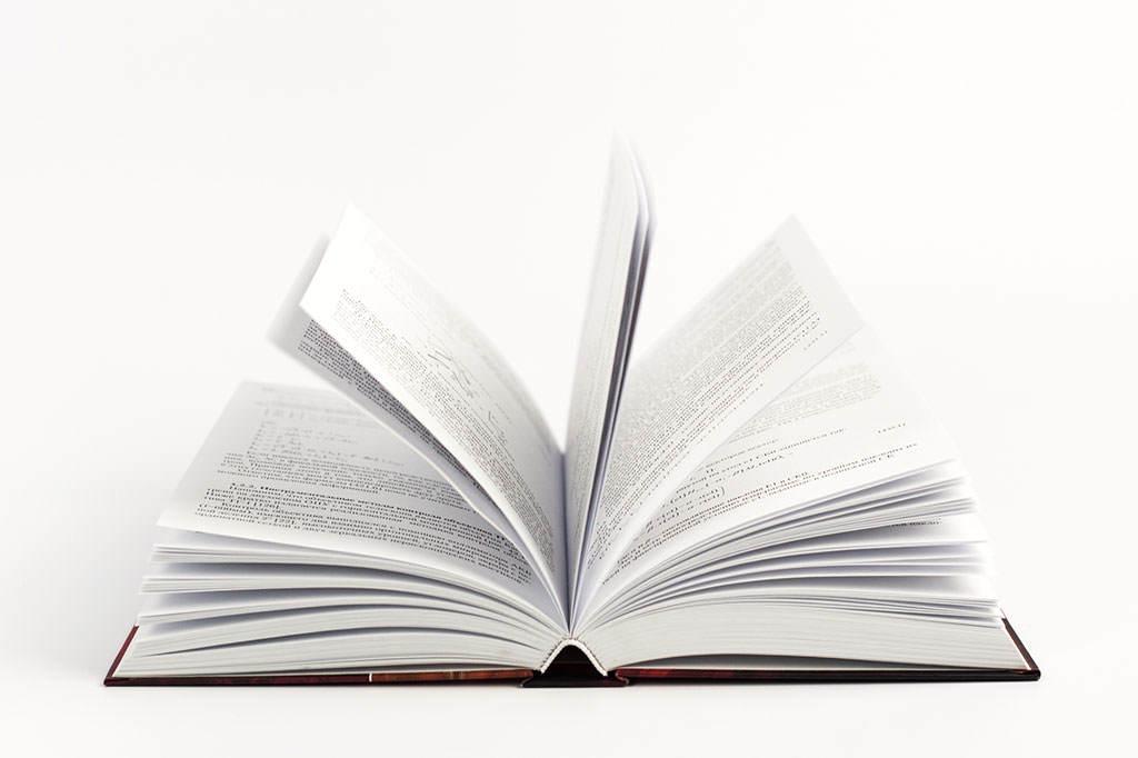 Красивая книга Крупногабаритные зеркальные системы. Второе издание автор Ю.Л. Бронштейн