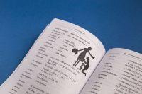 Оформление блока книги Русско-латинский разговорник автор А.Г. Следников